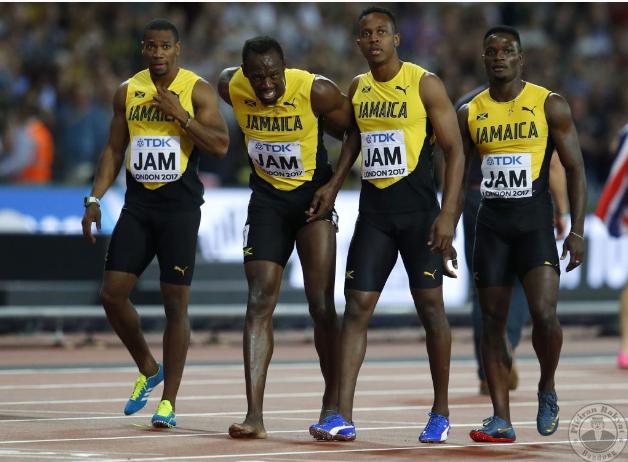 Usain Bolt telah mengalami kecederaan pada saat akhir ketika menjadi tonggak pasukan Jamaica dalam acara 4x100m lari berganti-ganti.