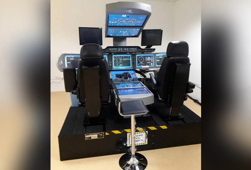 AATC turut menawarkan latihan menerusi lapan simulator penerbangan (setakat ini) yang membolehkan juruterbang memilih situasi dan cuaca bagi mengendali pesawat moden ini. - Foto Astro AWANI