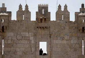 Palestinian stabs, injures Israeli in East Jerusalem: Police