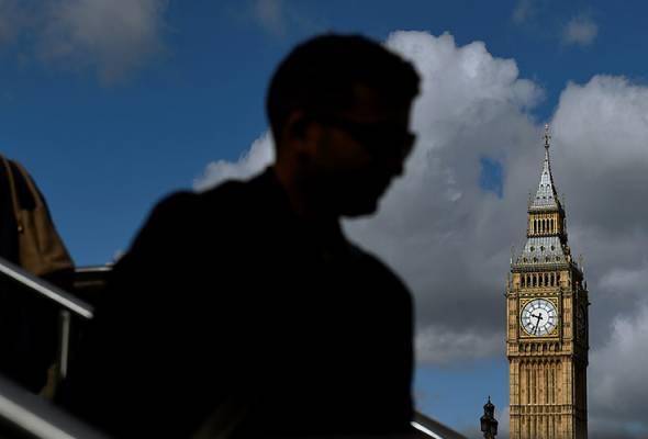 Mercu tanda Britain, Big Ben, akan disenyapkan pada minggu depan bagi tujuan pemulihan yang mengambil masa empat tahun.