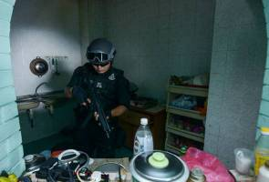 Police conducting sweep to flush out foreigners with terrorist links