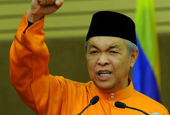 Deputy Prime Minister Datuk Seri Dr Ahmad Zahid Hamidi today reminded UMNO members against breaking up and forming factions.