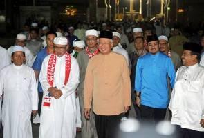 PM Najib bersama ribuan umat Islam di malam Doa Untuk Malaysia