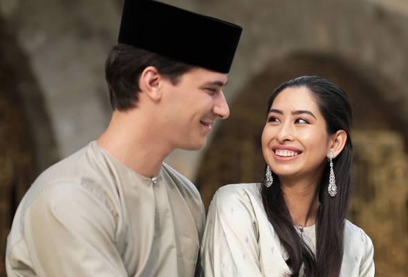 'Sebagai suami isteri, kami akan tinggal di rumah sendiri' - Tunku Aminah