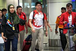 Schooling apologises if remarks offended anyone
