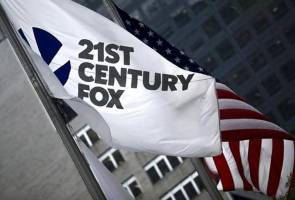 Rupert Murdoch's Fox joins court challenge to CBS' Australian TV buyout