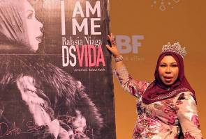 Vida launches book on secrets for business success