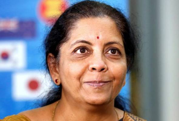Modi rombak kabinet, lantik wanita terajui Kementerian Pertahanan India