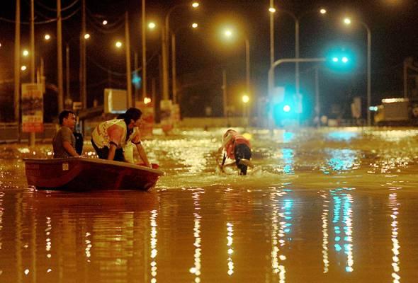 71 mangsa banjir Nibong Tebal di pindahkan ke pusat pemindahan
