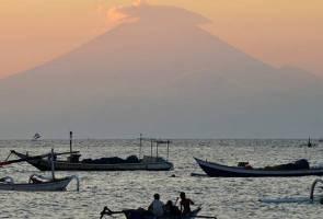 Indonesia turunkan status amaran gunung berapi di Bali