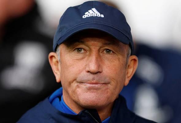 Pulis pengurus kelima dalam EPL dipecat sejak liga bermula pada Ogos.
