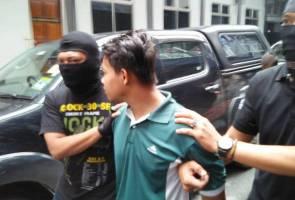 Dakwaan miliki bom: Pelajar ubah pengakuan kepada tidak bersalah