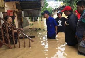 'Ini kali pertama air bah masuk dalam rumah'