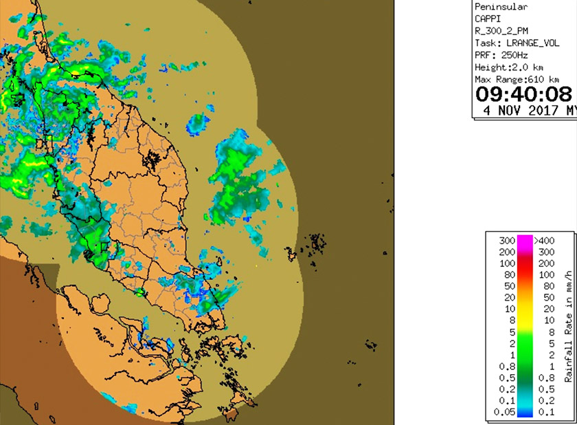 However, by Saturday morning, this system had moved into Kedah with a well-defined swirl in the rainfall pattern.