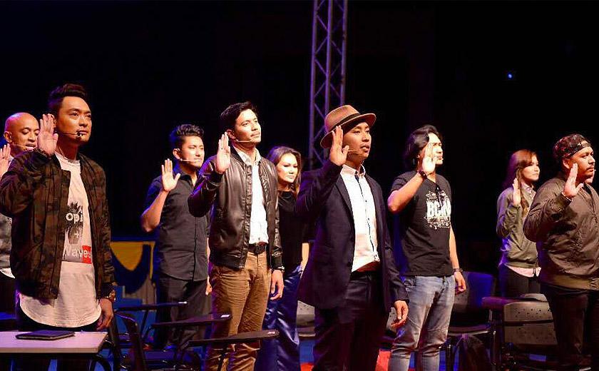 Kisah 'Cinta Pertama' membabitkan Pekin Ibrahim dan Fattah Amin dikongsikan menerusi sebuah persembahan teater muzikal