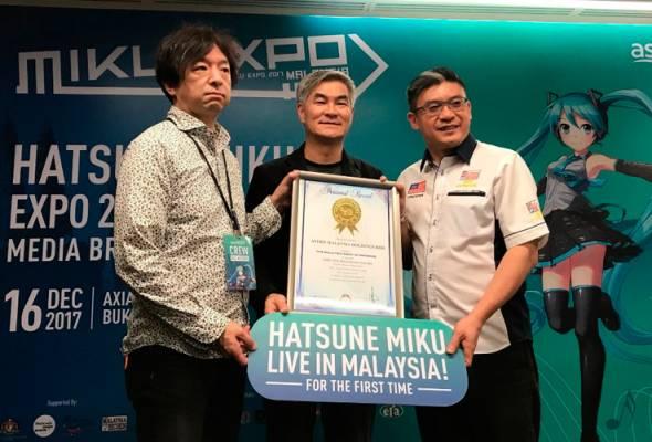 Keunikan itu menjadikan penyanyi maya dari Jepun, Hatsune Miku, begitu diminati ramai di seluruh dunia!