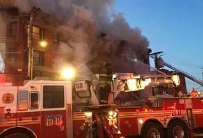 Puluhan cedera dalam kebakaran pangsapuri di New York