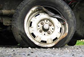 Sembilan cedera dalam kemalangan bas dan treler di Rembau