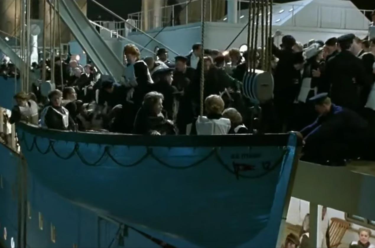 Titanic antara filem yang tidak banyak menggunakan kemudahan teknologi CGI.