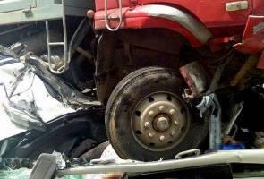 Pemandu lori terbabit kemalangan maut lima kenderaan akan direman