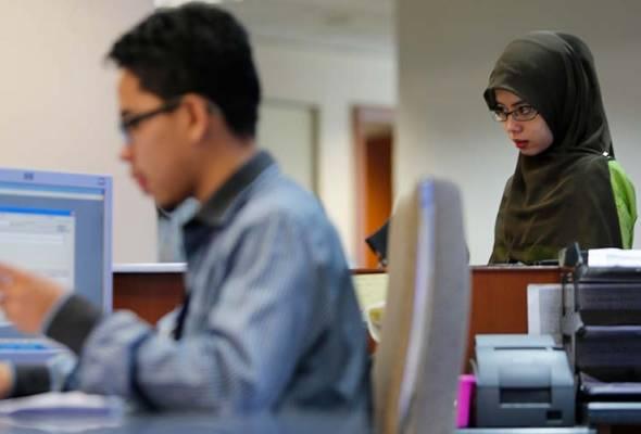 Kajian mendapati pekerja dalam sektor awam, makanan dan minuman, serta industri perubatan adalah paling gembira dengan tempat kerja
