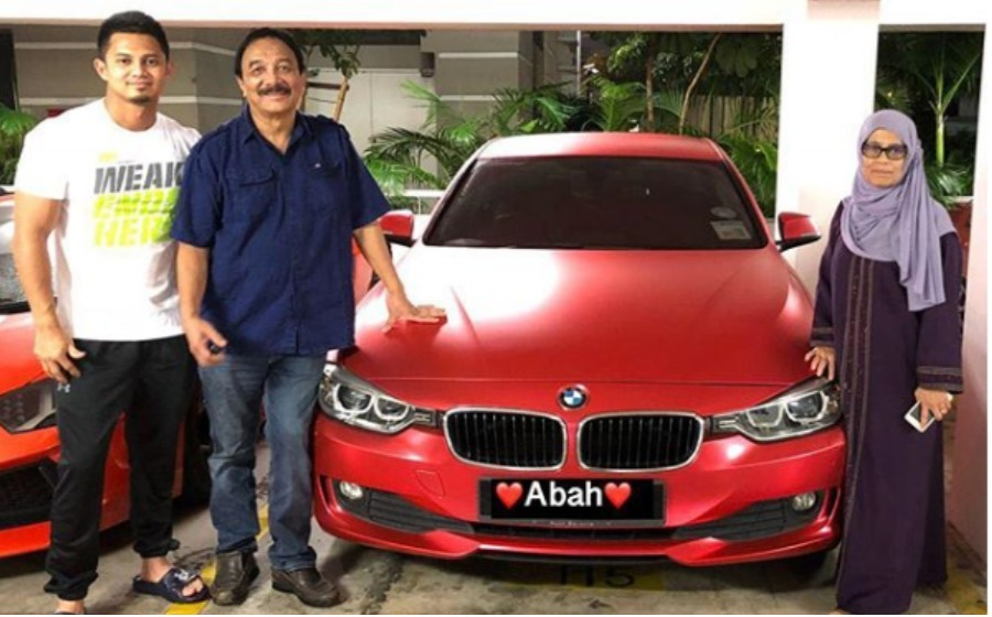 Aduh terharunya, video Hairul Azreen hadiahkan kereta BMW untuk ayah buat netizen tersentuh
