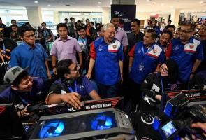 Walaupun saya tak faham E-Sukan, demi anak muda kita tetap sokong - PM Najib