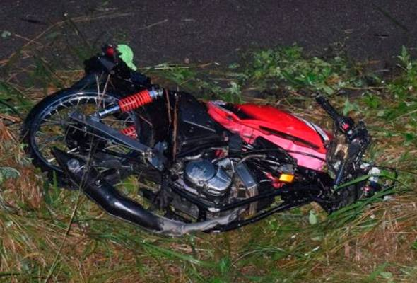 Tragedi konvoi motosikal bergesel sesama sendiri, empat maut