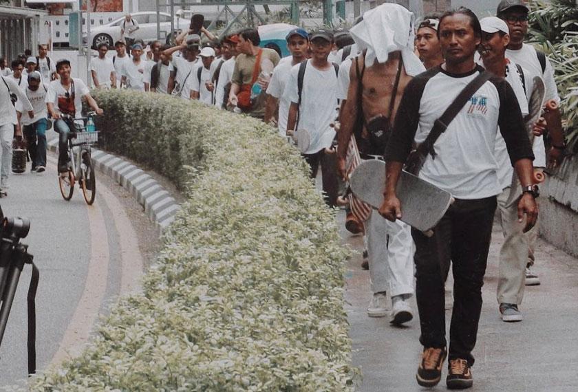 Pemain papan selaju berkumpul di Kuala Lumpur Sabtu lepas memilih untuk tidak menyertai kejohanan pemilihan kontinjen Malaysia yang diadakan di Bukit Kiara pada hari yang sama. Gambar - Donald Abraham Instagram @d0naldabraham