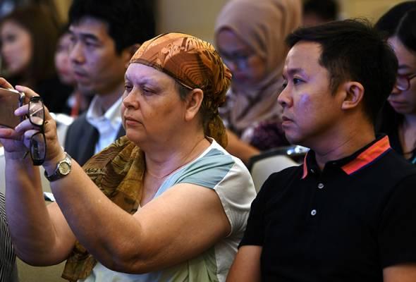Harapan baharu jejaki pesawat MH370 yang hilang - keluarga