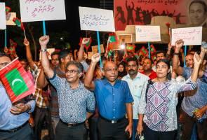 Maldives dalam darurat, penyokong pembangkang merusuh di jalan raya