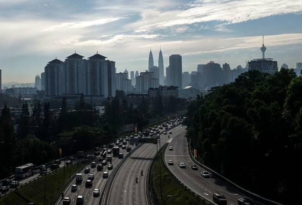 Profil kredit Malaysia (A3 stabil) didokong kepelbagaian ekonomi serta dalam sumber aslinya termasuk prospek pertumbuhan jangka sederhana.