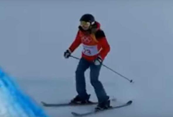 Elizabeth Swaney bukan sahaja tidak mampu melakukan sebarang 'trick', dia juga gagal melakukan larian asas dalam pertandingan ski.