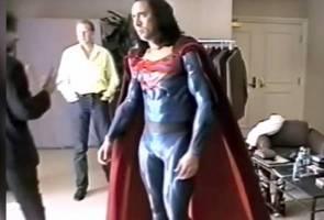 Kasihan Nicolas Cage, tak sempat jadi Superman