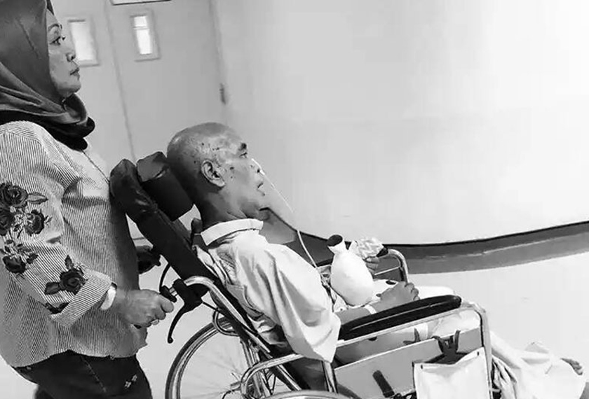 Tomok meluahkan rasa rindu kepada bapanya yang terlantar sakit akibat diserang strok, sejak Disember lalu. - Foto Instagram Tomok