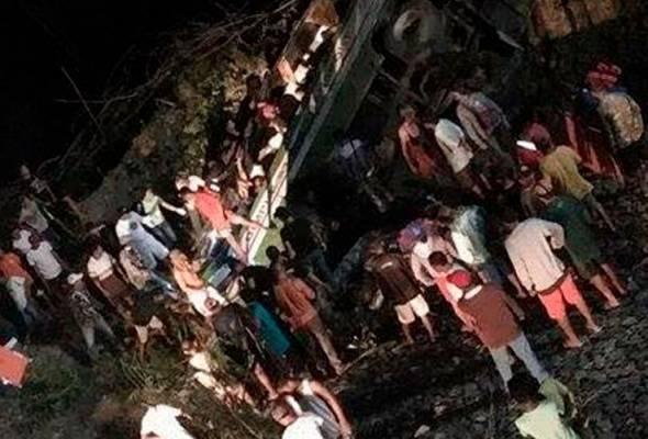 19 penumpang maut bas terjunam dalam gaung di Filipina