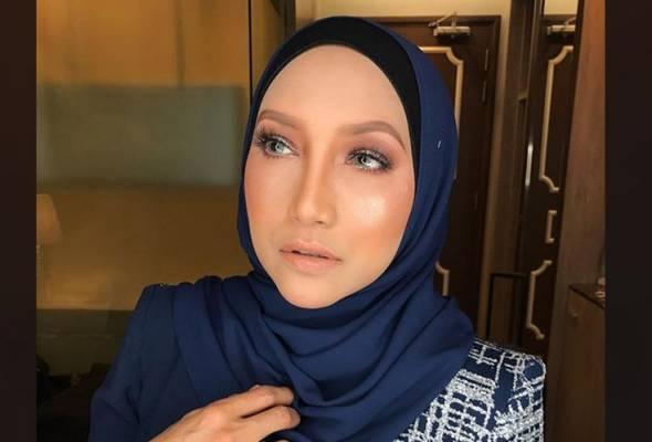 Hasrat Ziana Zain bercerai tertangguh