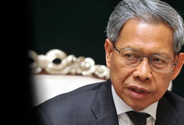Mustapa Mohamed umum keluar UMNO