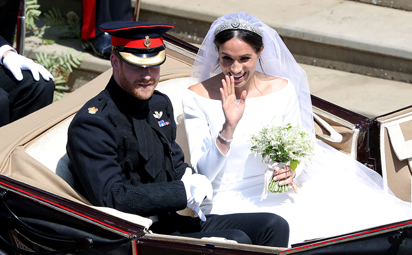 Majlis perkahwinan diraja anak bongsu kepada mendiang Puteri Diana dan Putera Charles itu berlangsung dengan sempurna dan dipancarkan di seluruh dunia. - Foto Reuters