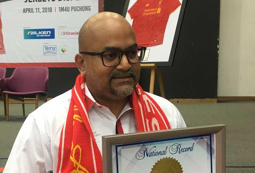 Sashi Nair adalah Presiden KL Kopites, salah satu kelab penyokong rasmi Liverpool FC. - Gambar fail.