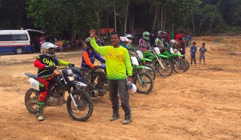 Mohd Lizan yakin sekiranya litar itu ditambah  baik dan di naik taraf pasti ianya dapat menaikkan lagi nama Temerloh sebagai destinasi kejohanan motorcross pada skala besar. -Gambar fail