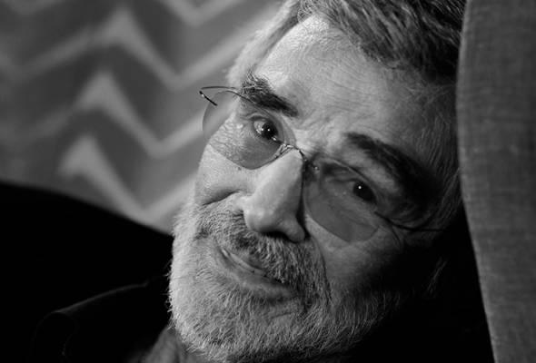 Burt Reynolds meninggal dunia akibat serangan jantung