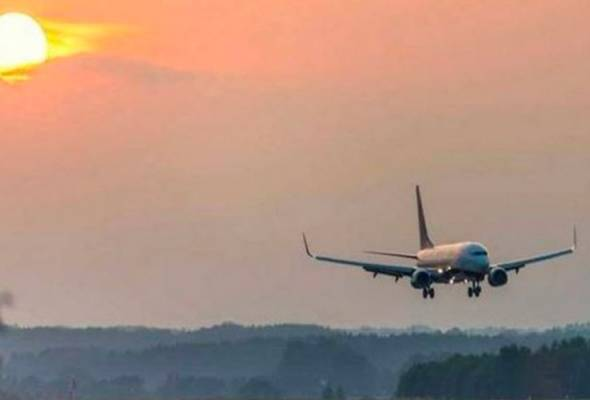 Budak empat tahun, meninggal dalam pesawat