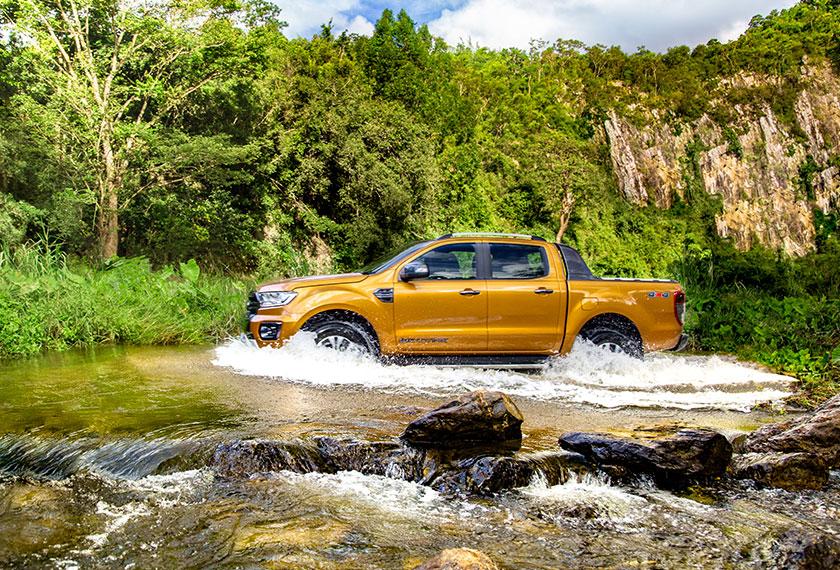 Ford Ranger sangat selesa untuk seisi keluarga. - Foto Ford Ranger