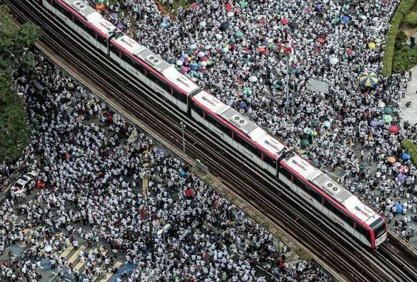 55,000 sertai Himpunan 812, polis kesal kanak-kanak dibawa bersama