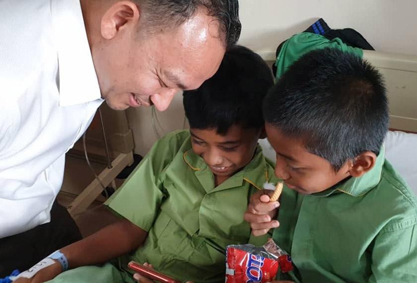 Keselamatan untuk anak murid, pekerja dan guru sekolah harus diberi keutamaan. - Foto Astro AWANI