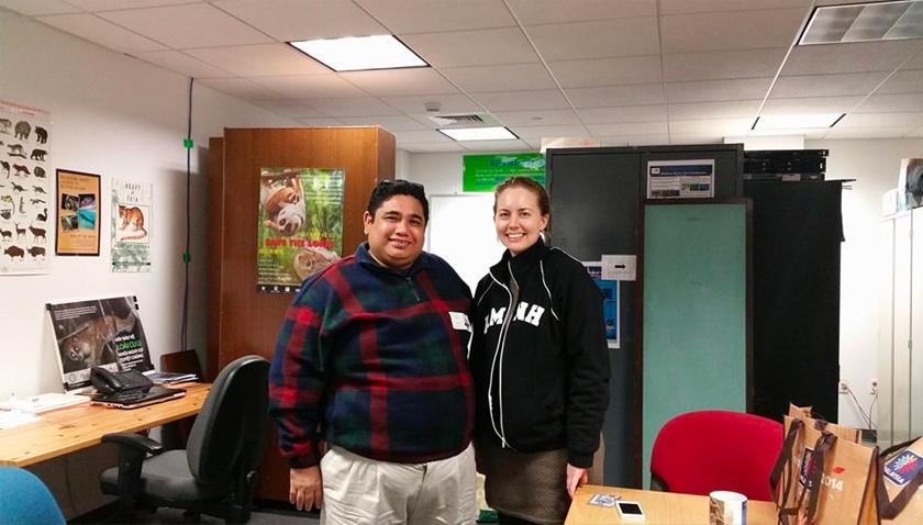 Professor Dr Badrul Munir Md Zain bersama rakan kolaborasi Dr Mary Blair yang juga pakar kongkang Asia dari Natural History Museum, New York.