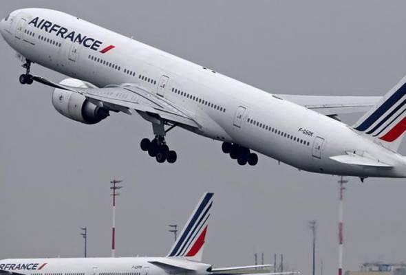 Pesawat Air France 'hilang' dari radar, selamat mendarat