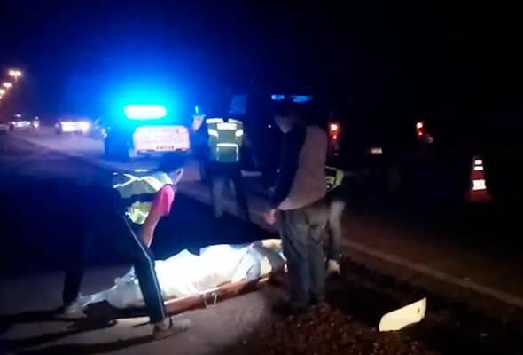 Rempuh lori tangki: Penunggang motosikal maut, pembonceng parah