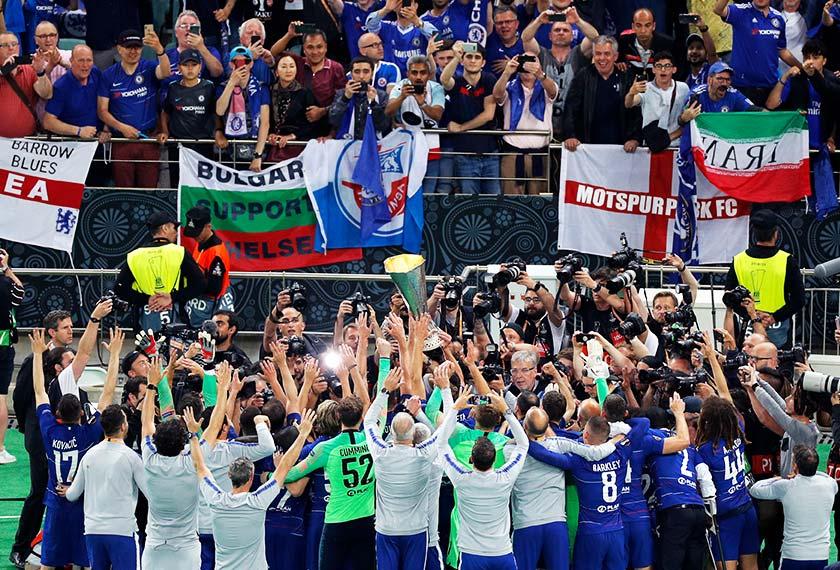 Chelsea membelasah Arsenal 4-1 dalam perlawanan akhir yang berlangsung di Olympic Stadium Baku, Azerbaijan. - Foto AP